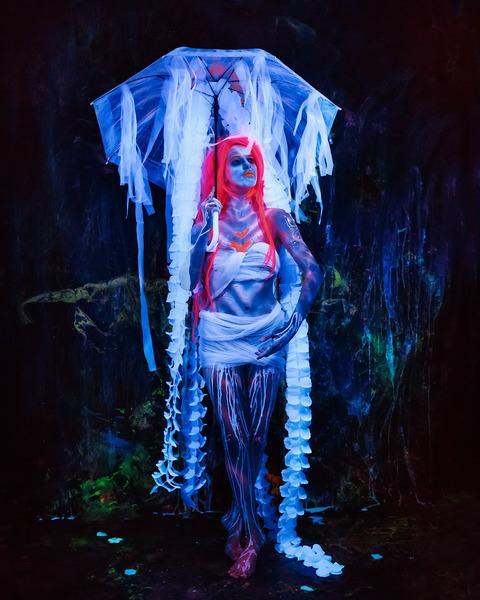 UV Ultraviolet Fluoro Shoot with Sarah Vella . Bodypainting & Photography by Chris David @chrisdavidphoto. 365nm LED Lighting